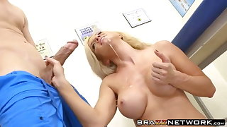 Big boobs MILF Parker Swayze drilled by big cock doctor
