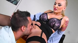 Premium office sex scenes with a hot milf in sexy lingerie
