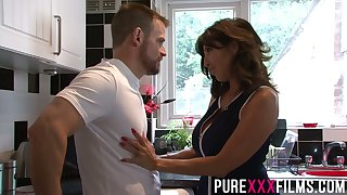 Whorish stepmom Tara Holiday gives a blowjob and gets fucked right on make an issue of floor