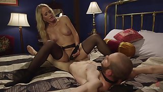 Hot mature treats will not hear of male slave with of the first water lust