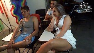 Aula de sexo oral com Alessandra Maia.  Rubens Badaro ( Vídeo completo no Xvideos Red )