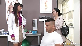 Sexy doctor Mercedes Carrera sucks a dick of her casing added to gets fucked