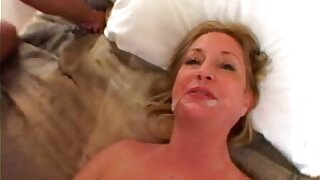Amateur Old woman takes a Big Black Cock in Amateur Interracial Video