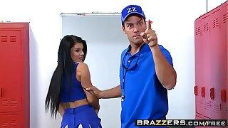 Brazzers - Fat Tits on tap Motor coach - (Peta Jensen), (Ramon) - One Wet Cheerleader
