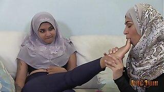 Slutty Desi Hijabis having ginger beer entertainment