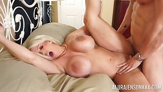 Hardcore gender on the verge upon beside move boobs blondie Alura Jenson