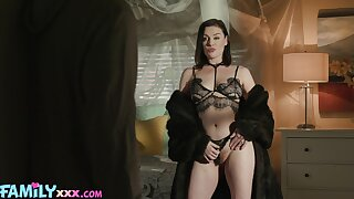 Brunette MILF dazzless with say no to naturalness and skills for porn